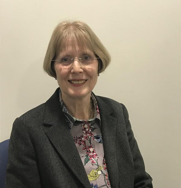 Dr Ruth Girvan
